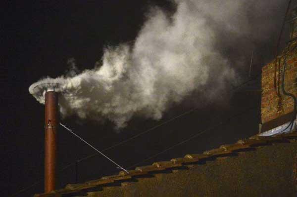 Jorge Mario Bergoglio, fumata
