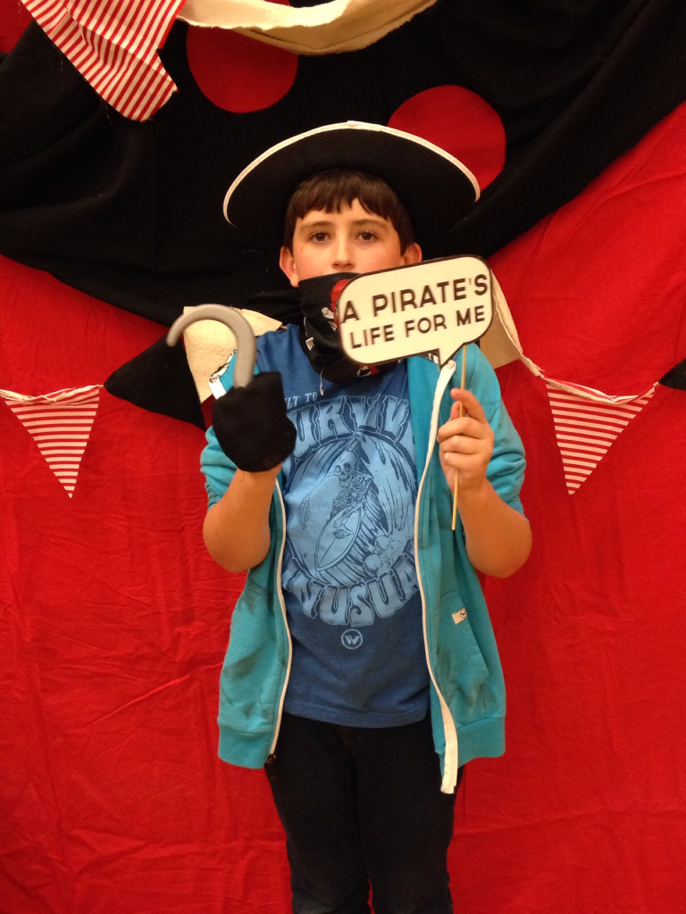Pirate Photo Booth With Pirate Banner Bunting The Style