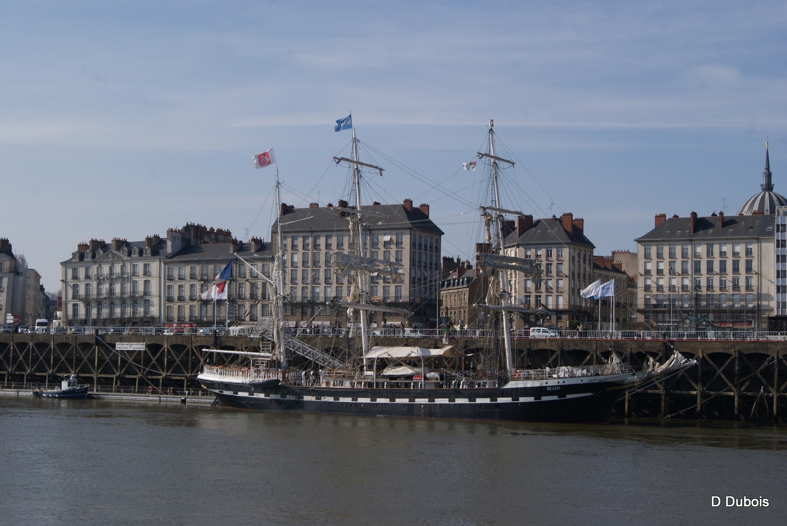 Tours Nantes Hh