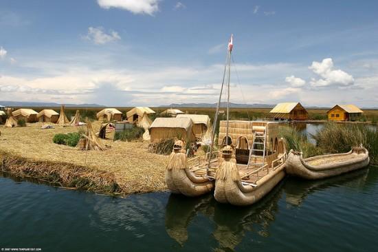Icon7 الاوروس جزر عائمة ابتكرها الانسان ، جزر في البيرو جنوب امريكا