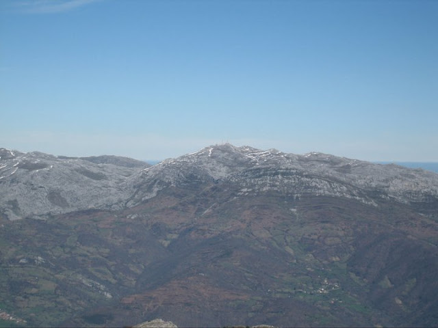 Rutas Montaña Asturias: Desde el Barriscal, vista del Gamoniteiru