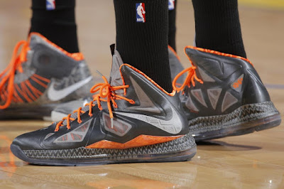 wearing brons nba lebron10 bhm eric bledsoe 04 Eric Bledsoe and Dejuan Blair Showcase LeBrons BHM Kicks