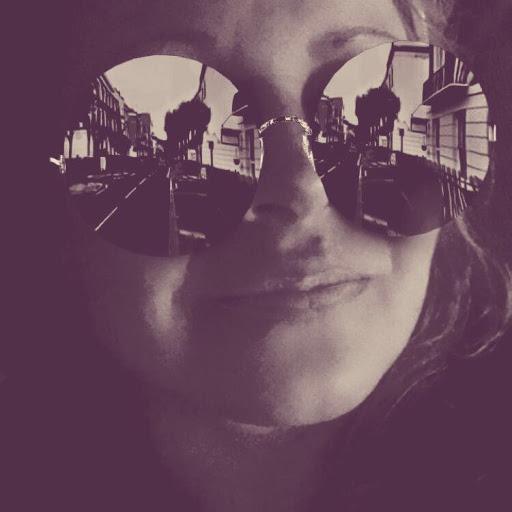 Ashley Ayres