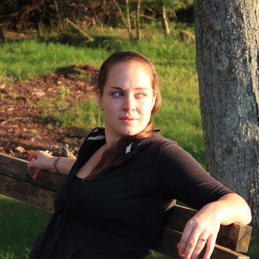 Tara Brennan Photo 32