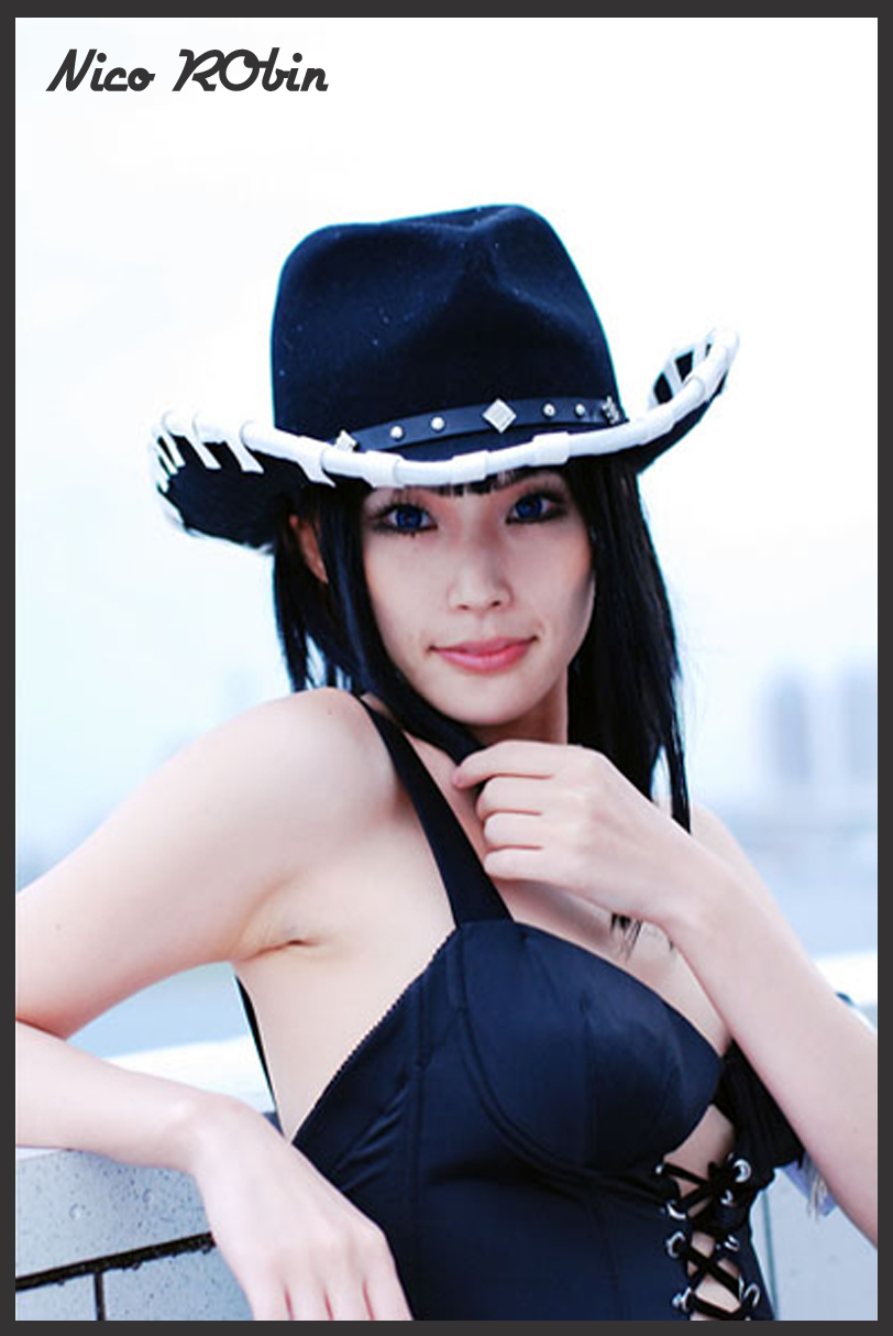 Disney Costume Players One Piece Cosplay  Beautiful Nico Robin