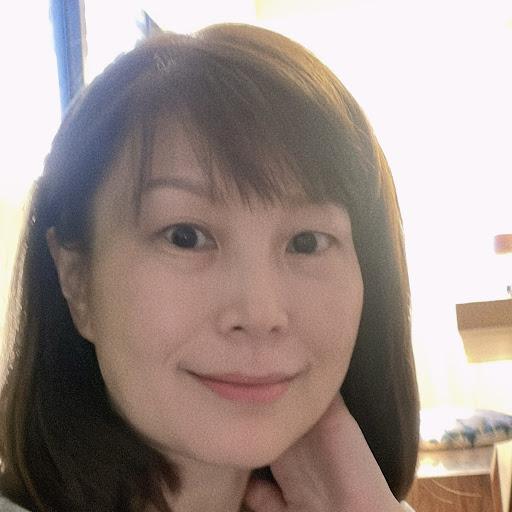 Rebecca Tsai Photo 12