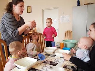 Развивающие занятия для детей и мам www.helfenleben.com