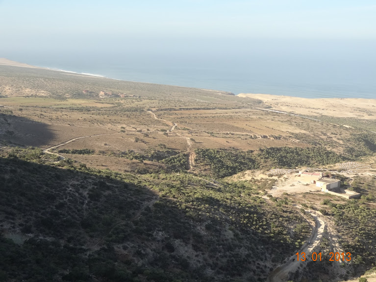 Marrocos e Mauritãnia a Queimar Pneu e Gasolina - Página 3 DSC05607