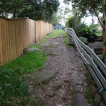 Track up between houses (55709)