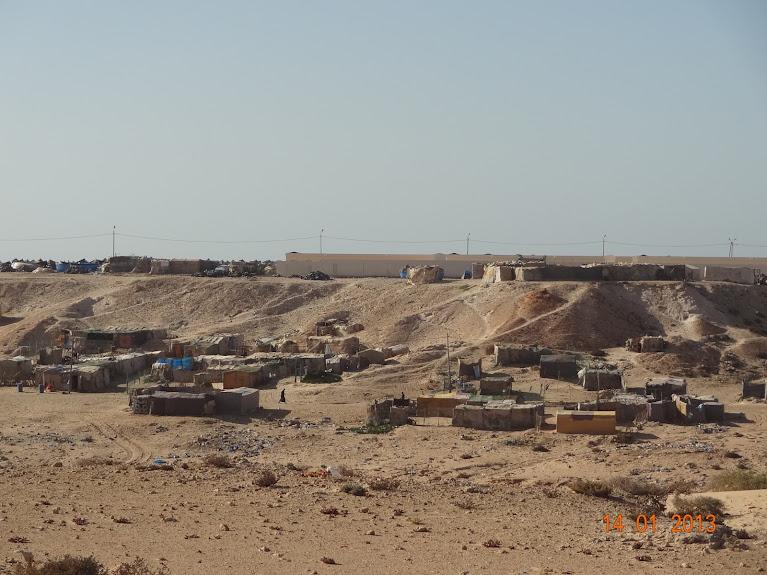 Marrocos e Mauritãnia a Queimar Pneu e Gasolina - Página 5 DSC05845