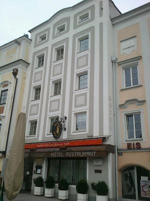 """Gasthof-Hotel """"Zum Goldenen Schiff"""""""