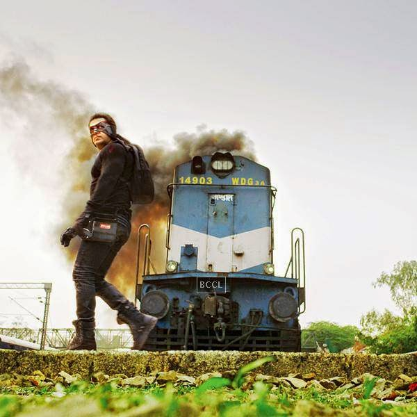 One particular scene from the Kick's promo has grabbed everyone's attention. The trailer of Salman Khan starrer movie received more than 10 million views online and created the record of having maximum number of views in the shortest span of time.