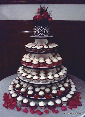 Custom Elegant Modern Vanilla Wedding Cupcake Tower With Black And Red Wrers Lace Cake Rose Topper