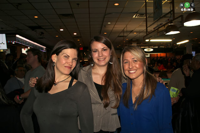 New York pool players Emily Duddy, Alison Fischer, and Gail Glazebrook Robles.