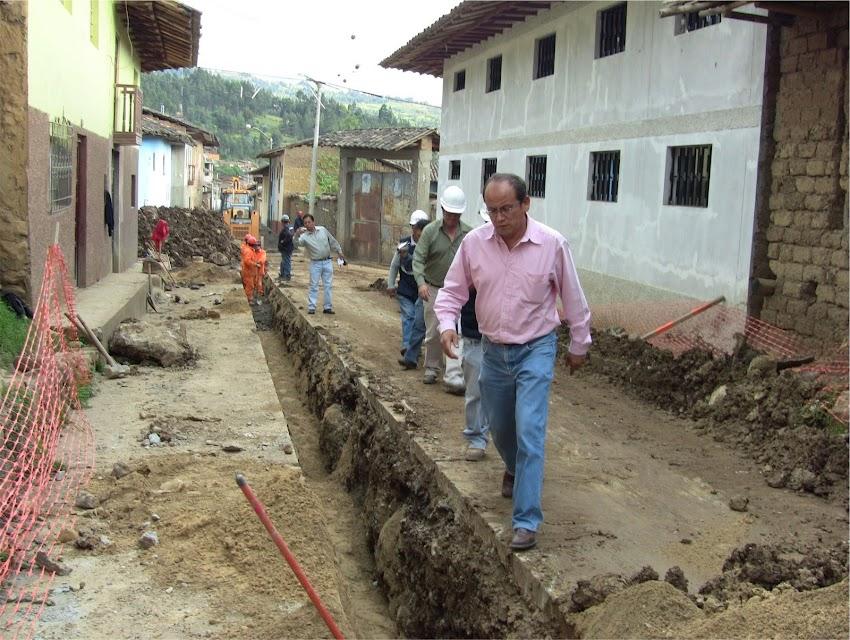 Alcalde paraliza trabajos del proyecto de agua y saneamiento en Cajabamba
