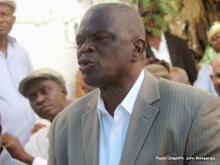 Bruno Mavungu, secrétaire national de l'UDPS le 26/11/2013 à Kinshasa, lors d'une conférence de presse. Radio Okapi/Ph. John Bompengo