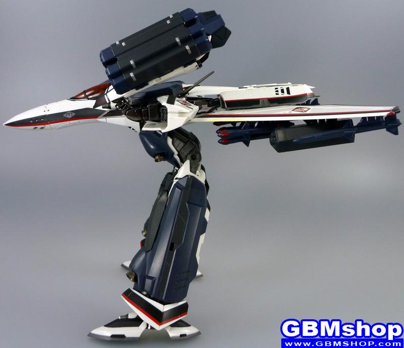 Macross Frontier VF-171EX Armored Nightmare Plus EX Alto Saotome Custom GERWALK Mode