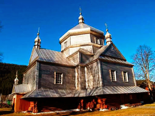 Church of the All-holy Trinity and the Holy Great Martyr Paraskeva Pyatnytsia Mykulychyn