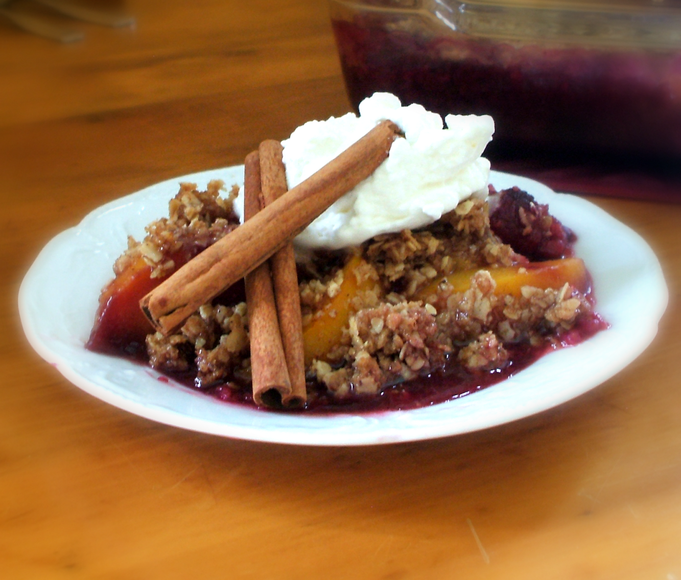 Raspberry Peach Crumble