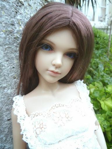 Alice (Leona JID Iplehouse) en cure de remise en forme (p 2) Arrive%25CC%2581e%2520Leona12