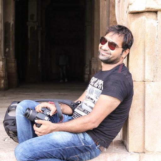 Online freelancer  Jeetu Lakhani