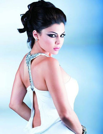 Arab Model Haifaa Wehbe white dress