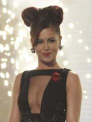Cheryl Cole parecendo a Minie