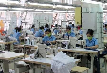 Đơn hàng may quần áo phụ nữ cần 12 nữ thực tập sinh làm việc tại Fukui, Nhật Bản tháng 11/2016