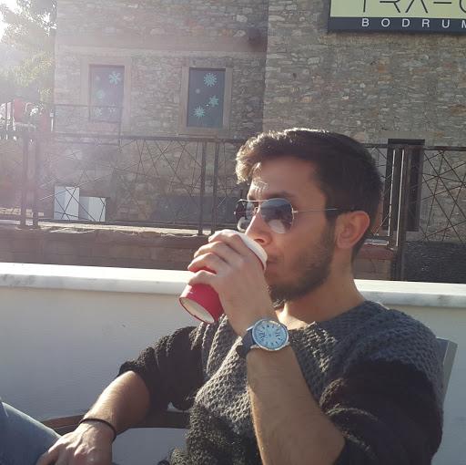 Mustafa Akay picture