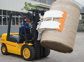 Cho thuê xe nâng kẹp giấy cuộn
