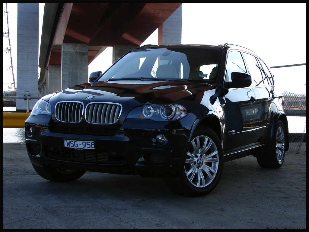bmw automobiles bmw x5 2009 models. Black Bedroom Furniture Sets. Home Design Ideas