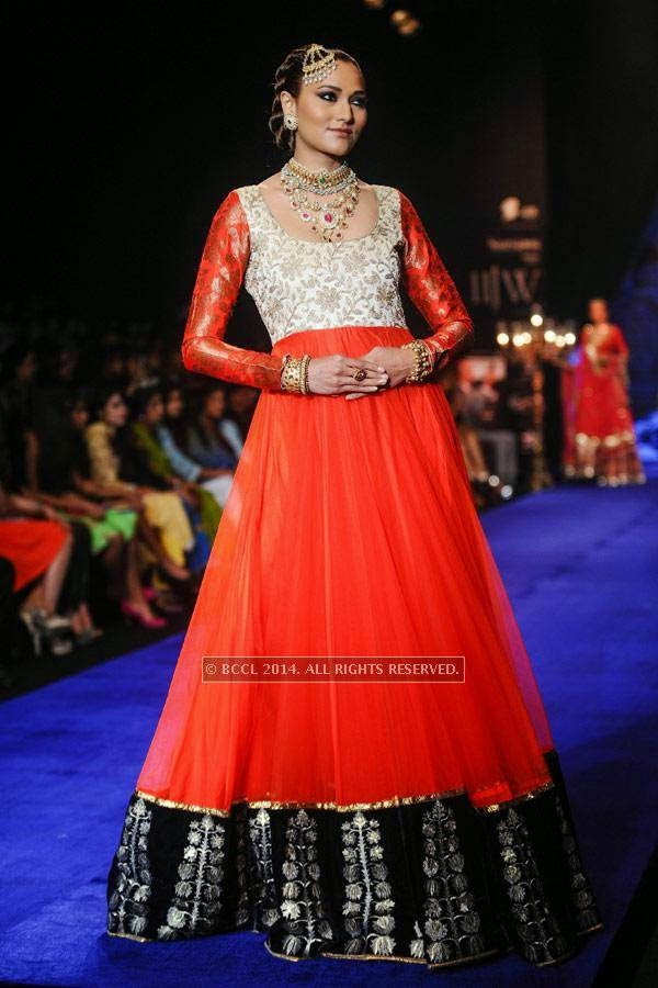 A model showcases a creation by Golecha Jewels on Day 3 of India International Jewellery Week (IIJW), 2014, held at Grand Hyatt, in Mumbai.<br /> <br />