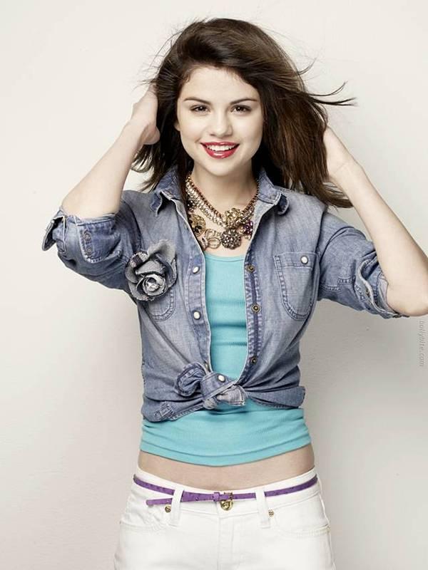Pretty Cute  Selena Gomez  Cliff Watts Photoshoot hot images