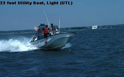 22 Foot UTL Utility Boat Light (CG 221543)