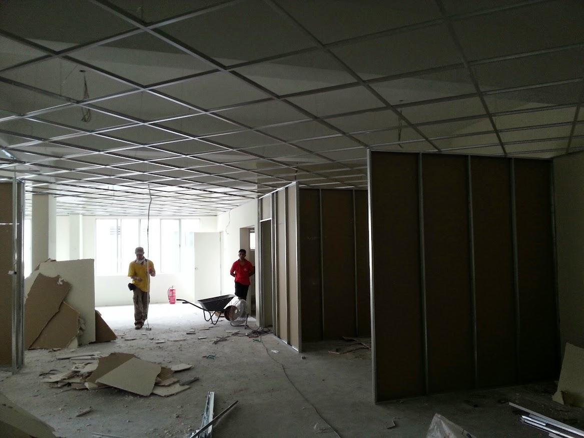 installing gypsum board partition