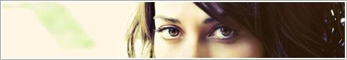 Sara Bareilles é uma cantora, compositora e pianista americana