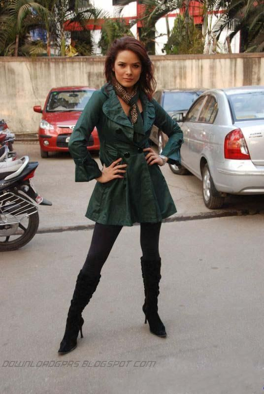 Udita Goswami at Diary of a Butterfly Location Pics ... Udita Goswami Hot In Diary Of A Butterfly