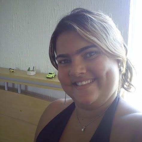 Mimi Cruz