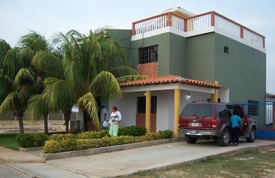 https://sites.google.com/site/alquilerenplayasdevenezuela/casa-colmenares