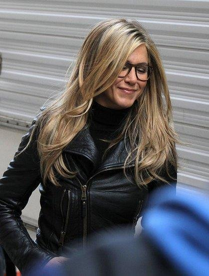 jennifer-aniston-and-oliver-peoples-pierson-optical-eyeglasses-gallery