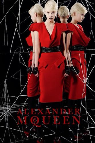 Tendencias: trajes y abrigos retro rojos