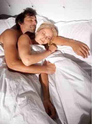 С любимой старушкой в постели — photo 15