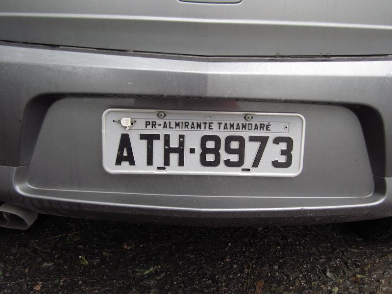 Номер машины с буквой n и флагом