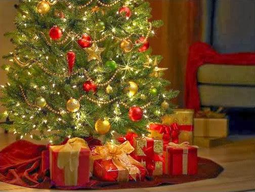 Sfondi di Natale albero e regali