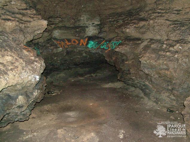 Interior de la cueva de la Magdalena