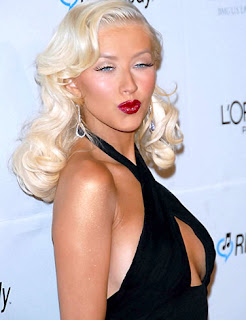 Christina Aguilera being a knockout