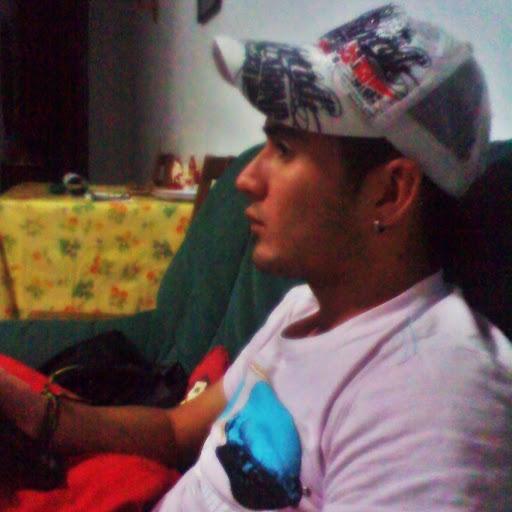 Oscar Tabares Photo 14