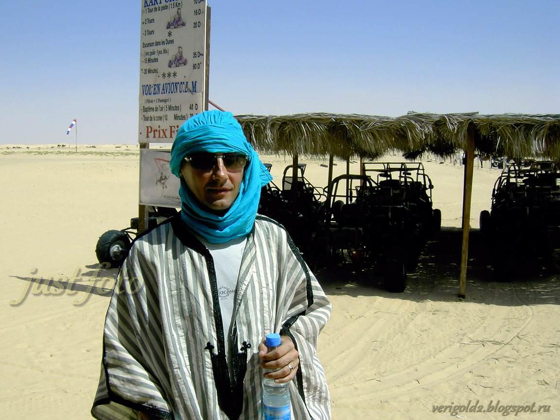 Путешествие в Сахару - катание на верблюде