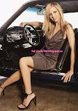Sarah Michelle Gellar Car Photos
