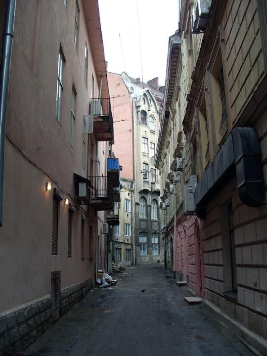 Львов. Улица Остапа Нижанковского